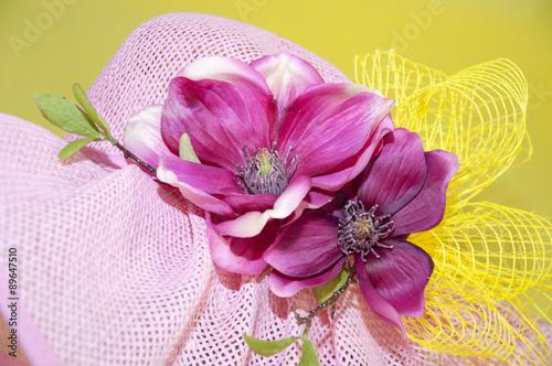 Foto op Plexiglas Magnolia Particolare di cappello con magnolia-special hat with magnolia