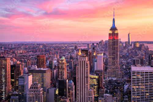 Deurstickers New York New York City Midtown with Empire State Building at Amazing Sunset