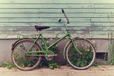Stary retro rower.