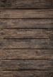 Alter Holz Hintergrund im Hochformat in der Farbe dunkelbraun.
