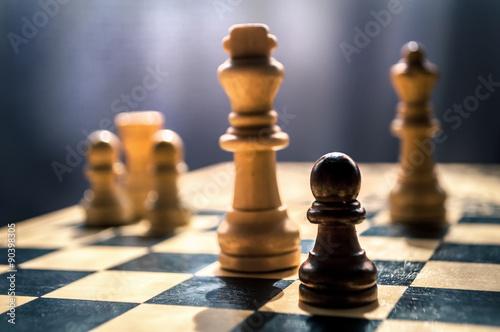 échecs en bois Poster