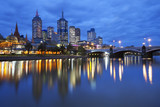 Fototapety Skyline of Melbourne, Australia across the Yarra River at night