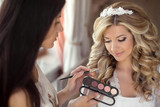 Fototapety Beautiful bride wedding with makeup and hairstyle. Stylist