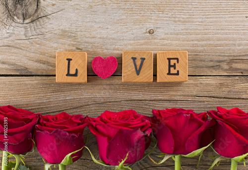 Zdjęcia na płótnie, fototapety, obrazy : Pannello rose love