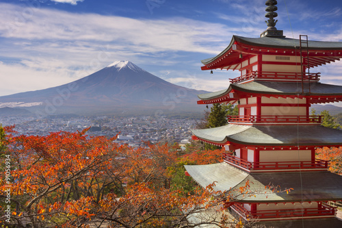 Foto op Plexiglas Japan Chureito pagoda and Mount Fuji, Japan in autumn