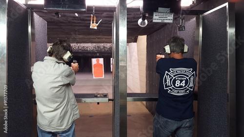 Zdjęcia na płótnie, fototapety, obrazy : Shooting practice 2