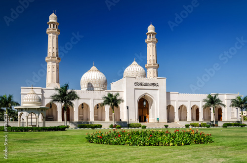 Poster Sultan Qaboos Grand Mosque, Salalah / The largest mosque in the southern part of
