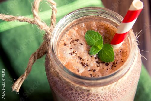 Foto op Canvas Milkshake Chocolate smoothie (milkshake)
