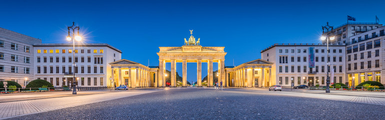 Pariser Platz with Brandenburg Gate at night, Berlin, Germany
