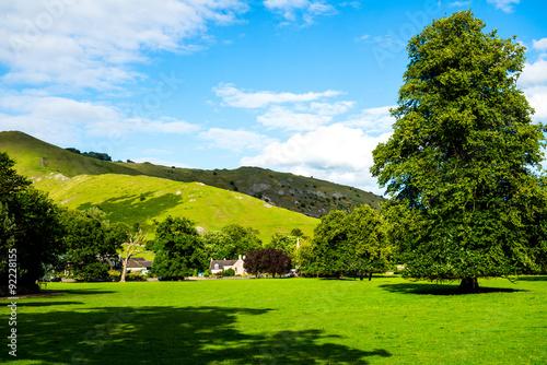 Keuken foto achterwand Nieuw Zeeland Green Meadows and Trees in Beautiful Ilam Hall in Peak District