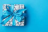 modrý dárkový box