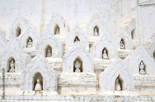 Poster sculpture in White pagoda of Hsinbyume