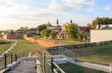 Twierdza Zamość – fortyfikacje otaczające stare miasto w Zamościu zbudowano w latach 1579-1618 na zlecenie Jana Zamoyskiego. Dziś, po odrestaurowaniu, stanowią dużą atrakcję turystyczną.