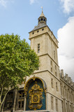 The clock on the corner of the Conciergerie building is the oldest in the city with its Baroque case and a working mechanism dating back to 1334. - 93265332