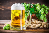 Fresh and cold beer in glass - 93336971