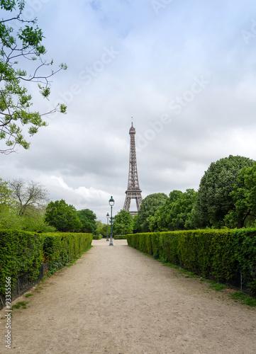 Poster Eiffel Tower at Champ de Mars Park in Paris