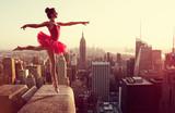 Tancerz Baletu przed Nowym Jorku Skyline