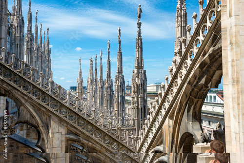 Keuken foto achterwand Milan Statues on the roof of famous Milan Cathedral Duomo