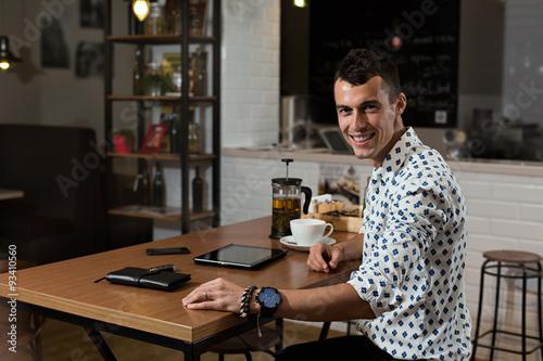 Foto op Canvas Pizzeria businessman in the coffee shop