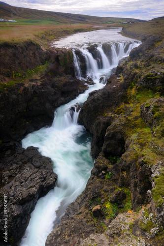 Plakat Waterfall in Canyon Kolugil