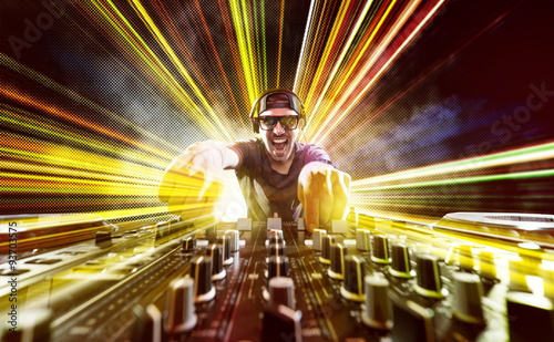mata magnetyczna DJ on Turntables