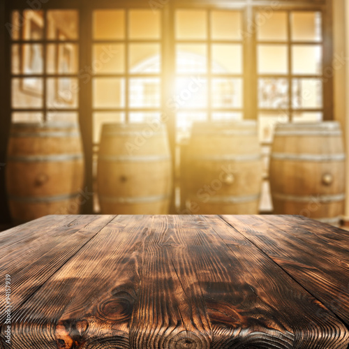 table and barrels  © magdal3na