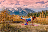 Fototapety Practicing Yoga in the Tetons in Afll