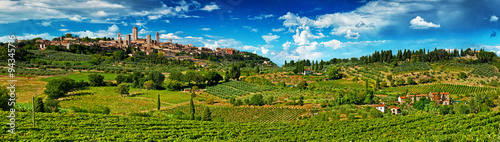Fototapeta Panoramic view on San Gimignano, one of the nicest villages of Italy