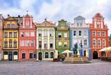 Colorful renaissance facades on the central market square in Poz © Boris Stroujko