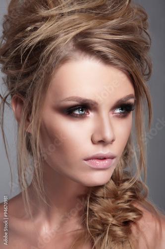 Fototapeta Fashionable portrait of a woman close-up.