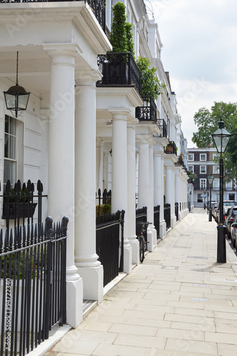 Poster Row of beautiful white edwardian houses in Kensington, London