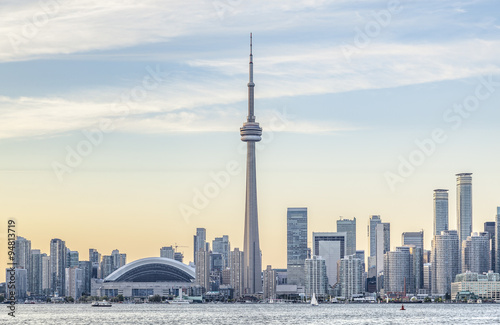 Aluminium Toronto Toronto skyline with the CN Tower apex at sunset.
