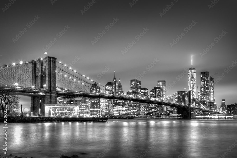 fototapeten brooklyn bridge at dusk new york city. Black Bedroom Furniture Sets. Home Design Ideas