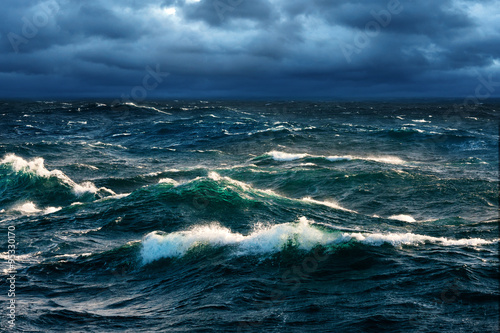 Panel Szklany Breaking Waves at Rising Storm