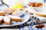 Fototapety Calissons d'Aix-en-Provence. Traditional French Provence sweets.