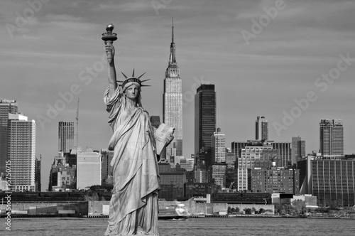Zdjęcia na płótnie, fototapety, obrazy : tourism concept new york city with statue liberty