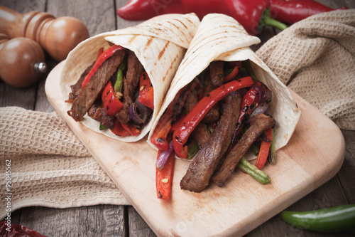 Plagát, Obraz Mexican fajitas in tortilla wrap