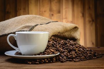 Fototapeta worek z kawą i filiżanką