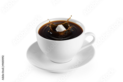 Foto op Canvas Koffie Cup of coffee and sugar on a white background.