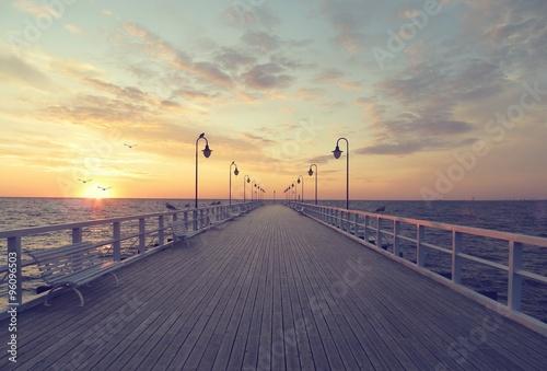 Fototapeta Pier sunrise