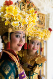 Fototapety Balinese dancers / Balinese Legong dancers sitting at the window