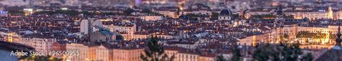 Papiers peints Aubergine Lyon, panorama urbain