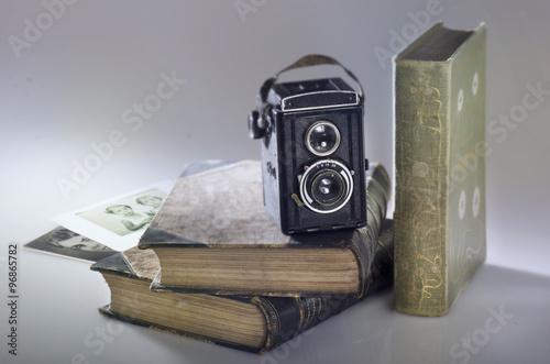Vintage Kamera Retro Bücher Foto © Andrea Leiber