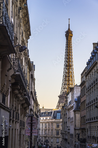 Eiffel Tower view in romantic alleyway, Paris © picturist