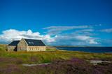 Einsames Haus bei Connemara in Irland