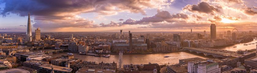 Beautiful sunset and dramatic clouds over the south side of London - Panoramic skyline of London - UK