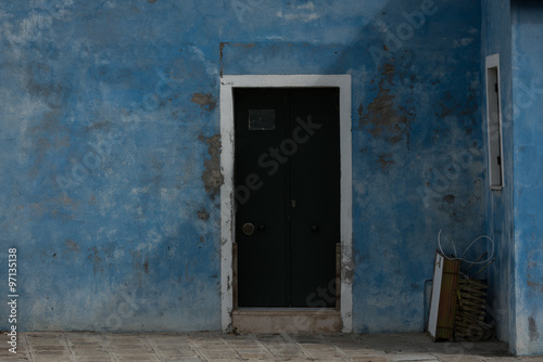 """Blaue Wand mit Tür in der Sonne"" Stock photo and royalty-free images on Fotolia.com - Pic 97135138"