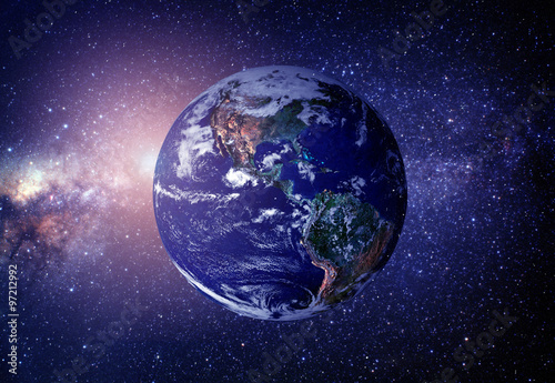 planeta-ziemia-z-kosmosu-niektore-elementy-tego-obrazu-dostarczaja