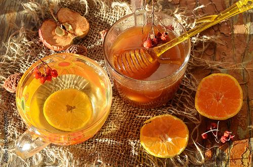 Poster Мёд и чай с лимоном.
