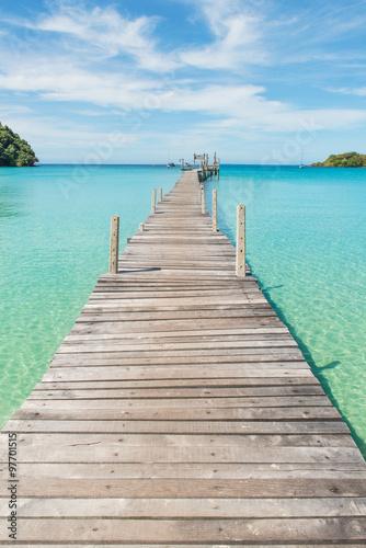 mata magnetyczna Wooden pier in Phuket, Thailand